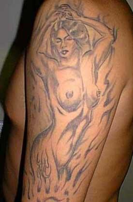 Фото татуировки для девушек голые фото сиськастой
